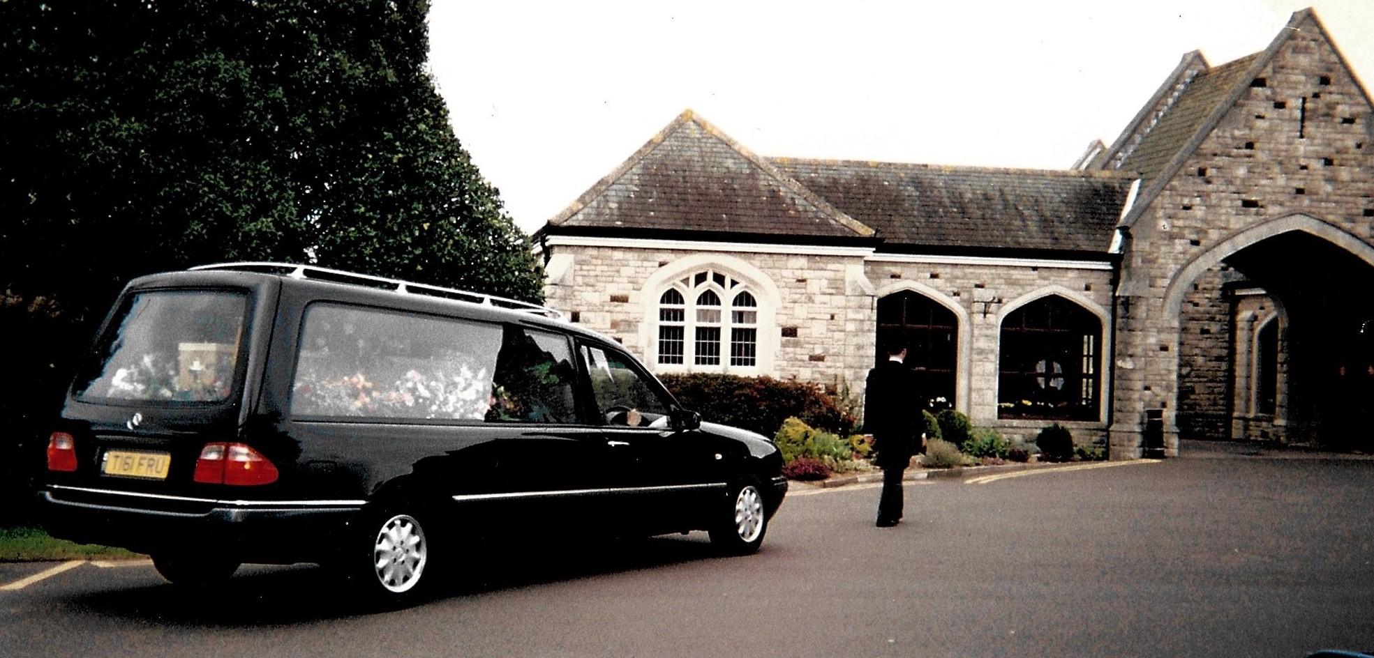 George Scott Funeral Directors procession
