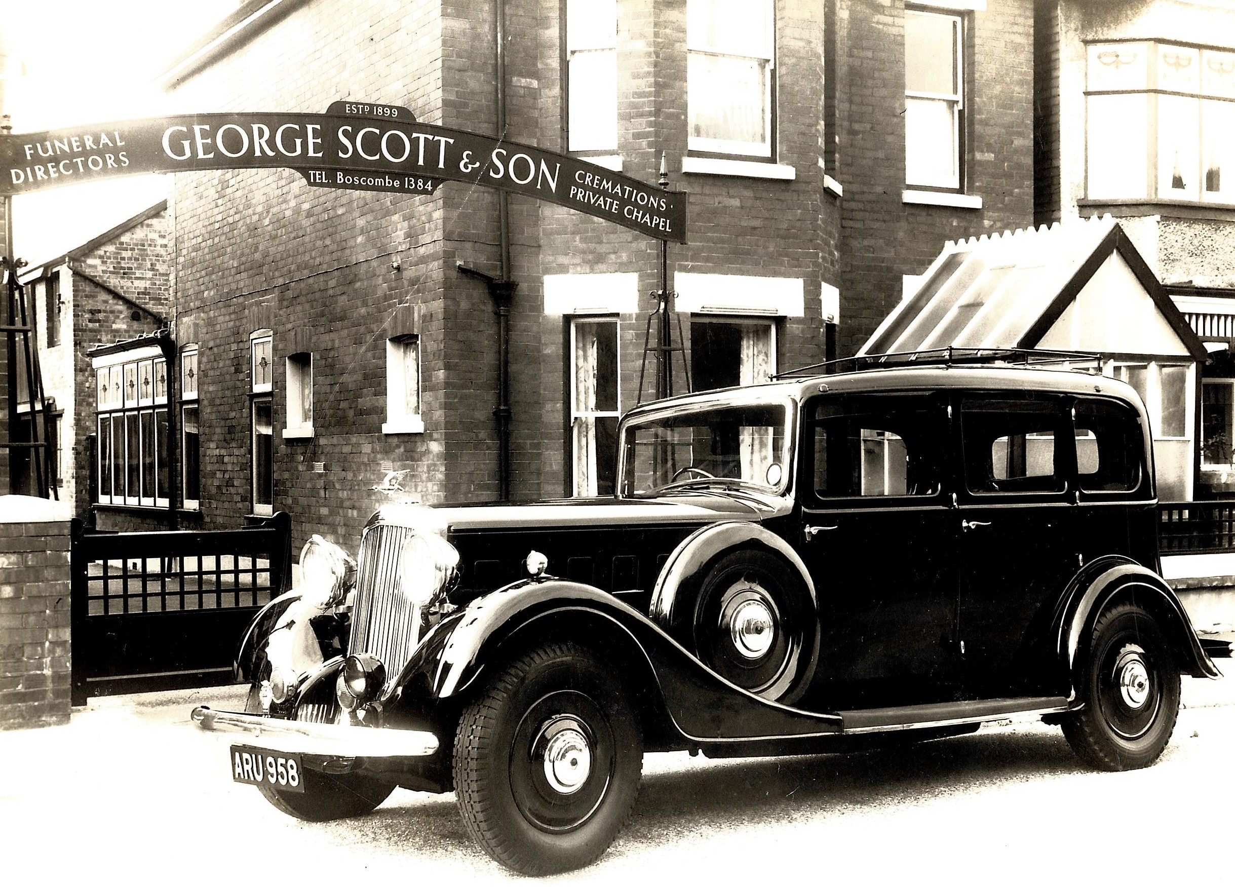George Scott Funeral Directors historic car